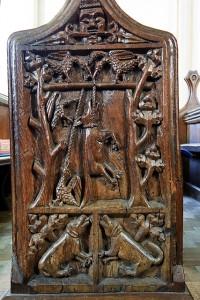 [도판 3] '여우 레이너드를 목 매다는 거위들', 15세기, 장의자 옆면 조각, 성 미카엘 교회, 브렌트 놀, 섬머셋.